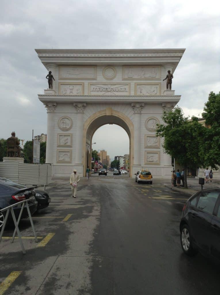 Porta Makedonia - cestopis Makedonie, Skopje