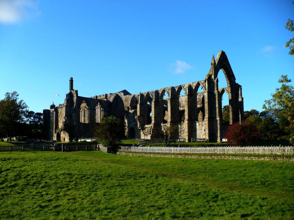 Kostel v Bolton Abbey - cestopis Severovýchodní Anglie