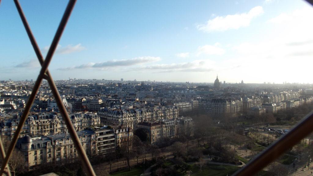 Paříž - cestopis, Pohled z prvního patra Eiffelova věž