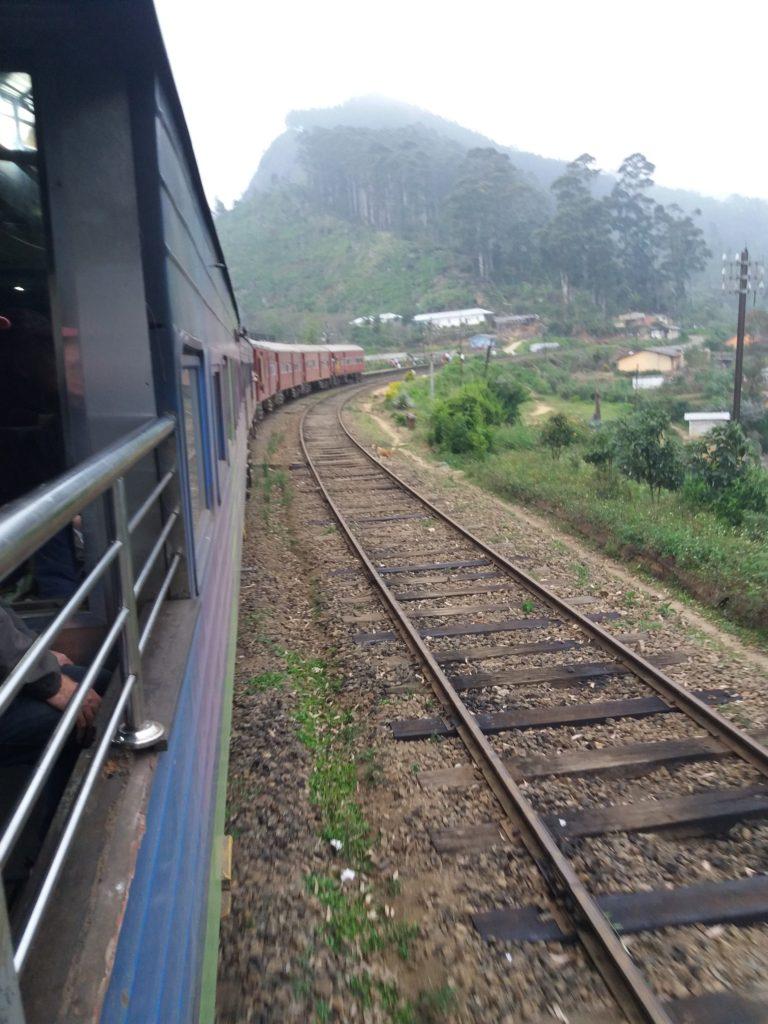 Vlakem do Ella, cesta vzhuru, cestopis Srí Lanka