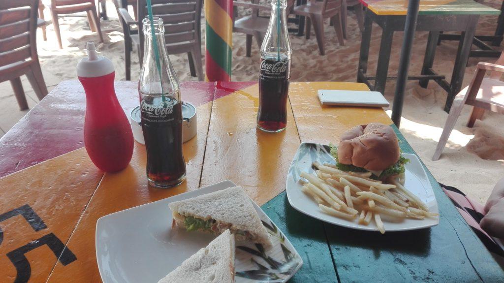 """Jídlo v """"jamajské"""", cestopis Srí lanka"""