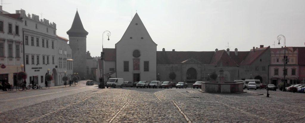 Náměstí ve Znojmě - kostel sv. Jana Křtitele